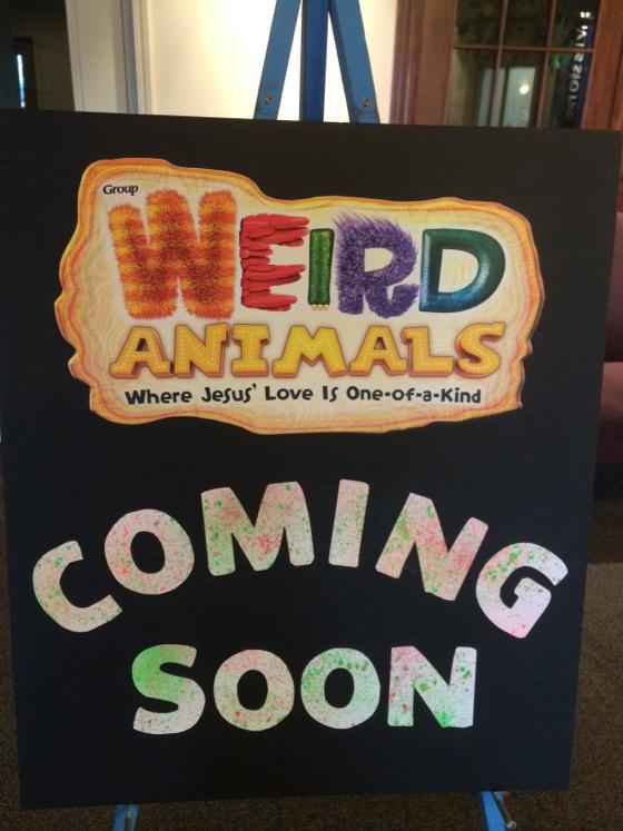 Weird_Animals_VBS_Decorations04
