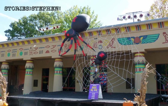 The Memphis Zoo was decorated for Halloween.