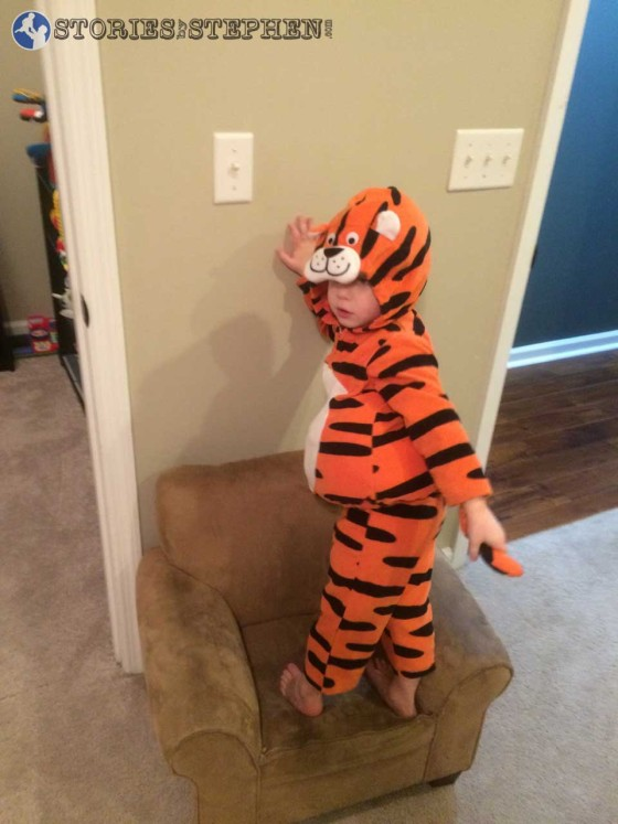 Sam the Tiger showing off his tail.