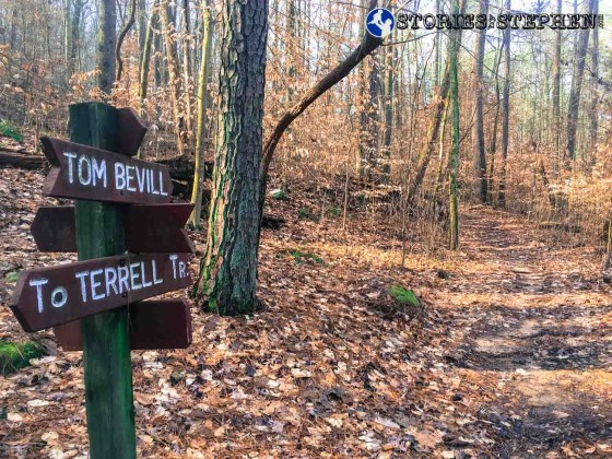 There were occasionally signs marking the trails, but usually the trails were not marked very well at Lake Guntersville State Park.